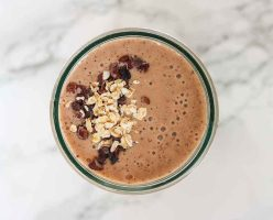 Post - Workout Vegan Oat Almond Smoothie